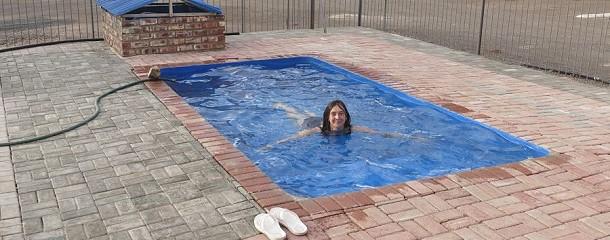 Bitte nur bis zur Boje schwimmen – hier auf dem Campingplatz in Beaufort.