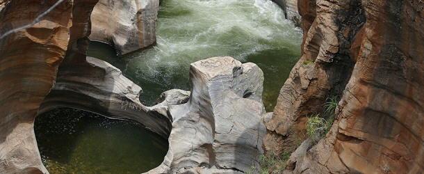 Die Potholes im Quellgebiet des Blyde River sind einer der Aussichtspunkte an der Panoramaroute R532.