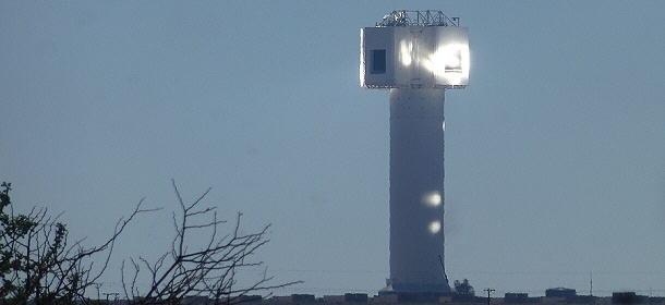 Leider kommt man an das Solarturmkraftwerk in Upington nicht sehr nah heran.