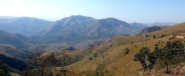 Der Weg von Barberton zur Grenze von Swasiland führt durch eine überwältigende Landschaft
