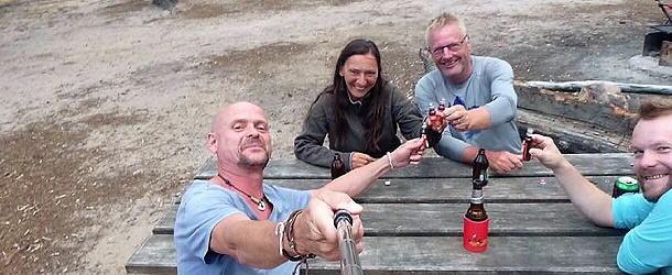 Und plötzlich holte Steffen den Schierker Feuerstein aus seinem Landy... eine schöne Überraschung. (Bild: Steffen Zielke)