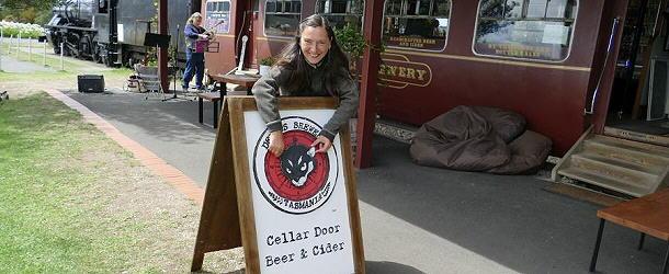 Am Margate Train kann man sogar dem Tasmanischen Teufel die Ohren langziehen.